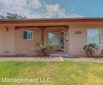 1405 Ridgcrest Dr SE, Albuquerque, NM