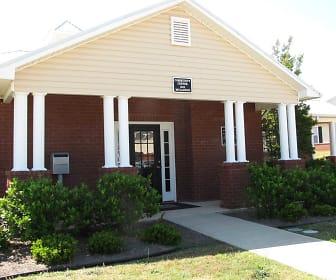 Ridgecrest Apartments, Christ United Methodist School, Warner Robins, GA