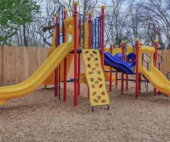 Playground, La Carmona