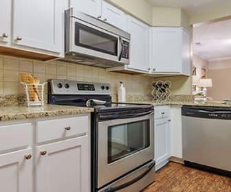 Kitchen, Uptown Gardens Apartments
