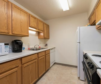 Highland Meadows Apartments, Bismarck State College, ND