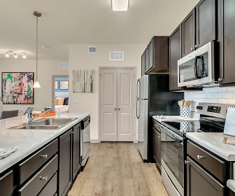 Art Avenue Apartments, Vista East, Orlando, FL