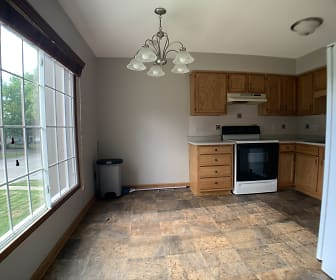 1315 NW 92nd St, Valley Junction, West Des Moines, IA