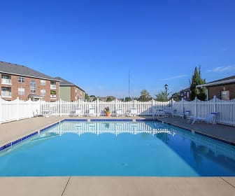 Towne Park Apartments, Troy, OH