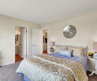 Bedroom, Breezewood
