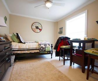 Bedroom, 3834 N Sheffield