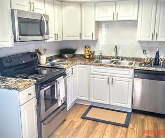 Kitchen, Lake House at Martins Landing