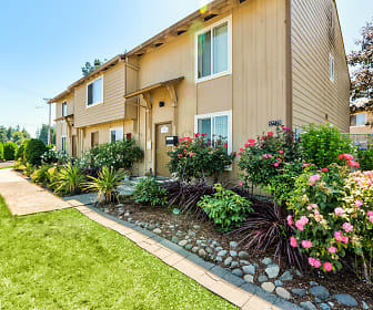 Brookshire Townhome Apartments, West Longview, WA