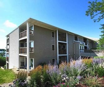 Waters Edge Apartments, Lakes Community High School, Lake Villa, IL