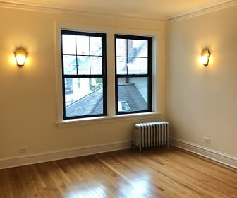 5547 N LAKEWOOD AVE APT 1B, Andersonville, Chicago, IL