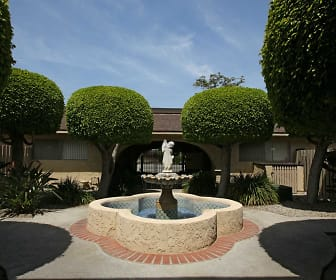 Courtyard, The Balboa