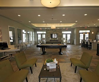 Leasing Office, Villa Broussard