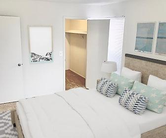 Living Room, Kensington Park Apartments