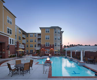 Pool, Aura at Towne Place