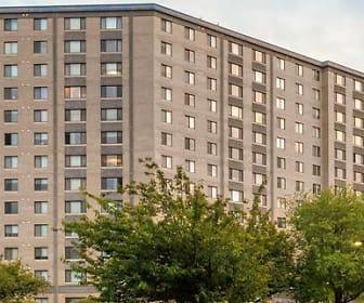 eaves Fairfax Towers, Falls Church, VA