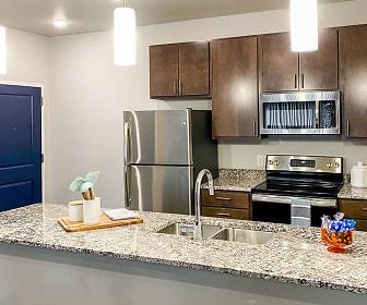 Kitchen, Latitude 41