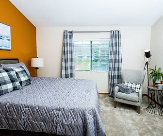 Mequon Trail Townhomes, Grafton, WI