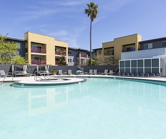 Pool, CitySouth