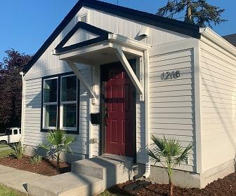 1218 Pacific Ave, Lake Goodwin, WA