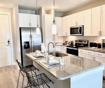 Kitchen, Riverhaus Creekside