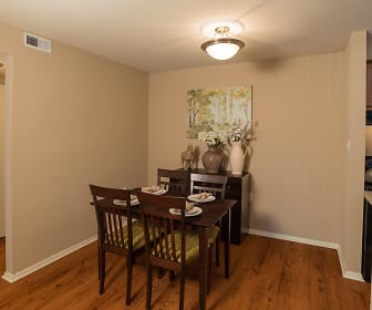 Dining Room, Steeplechase Apartments