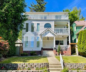5255 38Th Avenue Northeast B, Bryant, Seattle, WA