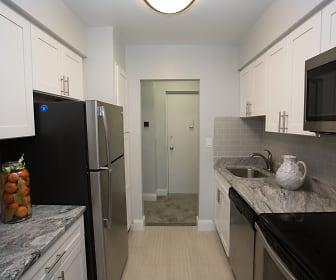 Kitchen, Eagle Rock Apartments of South Nyack