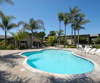 Oak Manor, Maric College  Vista, CA