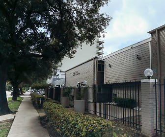 220 West Alabama Street Apartments, Houston Community College, TX