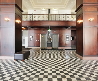 Le Claire Apartments, Rivermont Collegiate, Bettendorf, IA