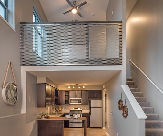 Benson Lights Apartments, 68104, NE