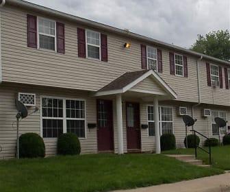 Stoney Creek Apartments, Sullivan, OH