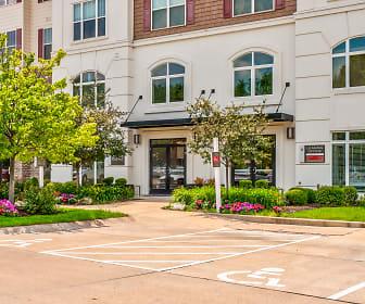 Vanguard Crossing, Webster University, MO
