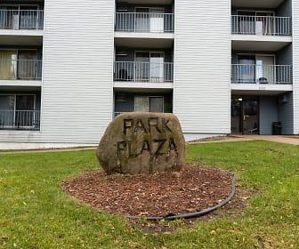 Park Plaza Apartments, Colonial Gardens, Saint Cloud, MN