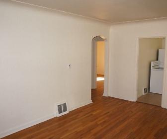 Bedroom, 536 Jackson St.