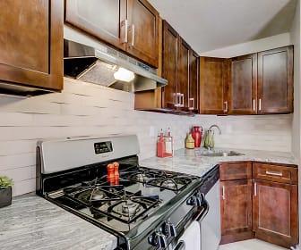 Kitchen, Peninsula Grove Apartments