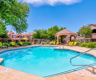 Pool, Altezza High Desert