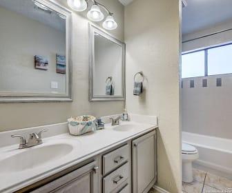 Bathroom, 2705 Poplar Grove