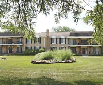 Knollwood Village Apartments, Baker College, MI