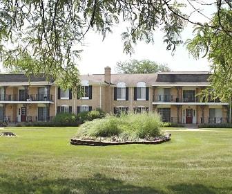 Knollwood Village Apartments, Groveland, MI