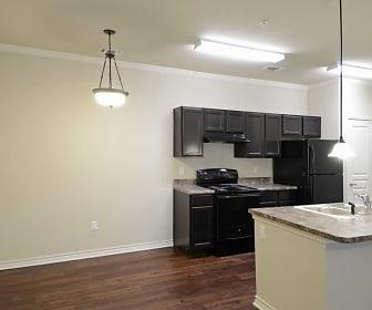 Dining Room, Stonebridge of Plainview