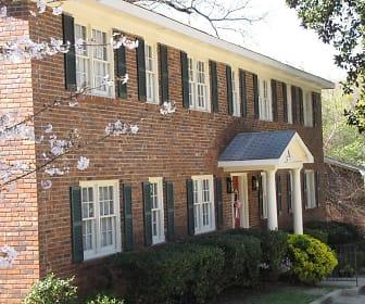 Building, Oak Hill Apartment Homes