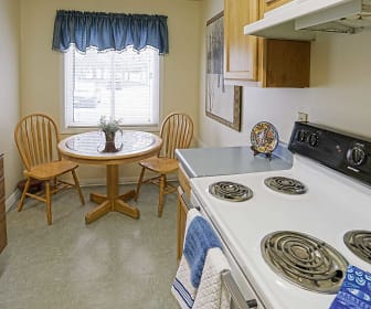 Kitchen, Crimson Heights Apartments