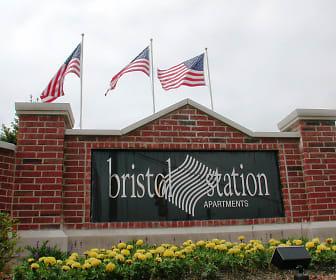 Bristol Station, Saint Charles, IL