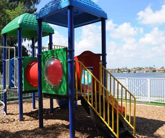Playground, Lago Club Apartments