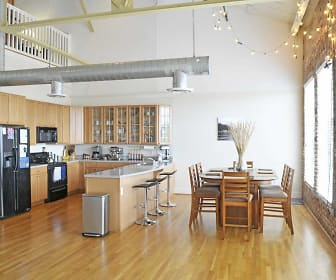 Dining Room, Broadway Lofts