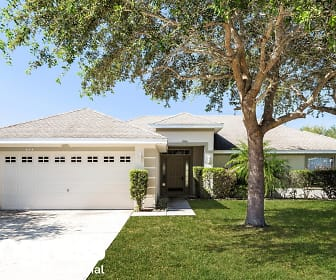 645 Winding Lake Dr, Clermont, FL