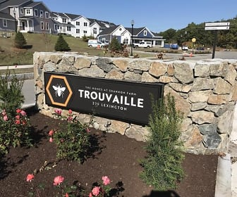 Trouvaille: The Homes at Shannon Farm, Joyce Middle School, Woburn, MA