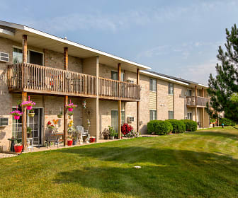 Fox Point Apartments, Wisconsin Dells, WI