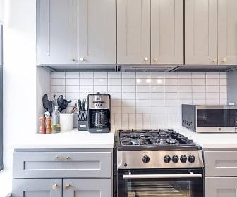Kitchen, Common Kingston 1509 Pacific St 4R-Cedar